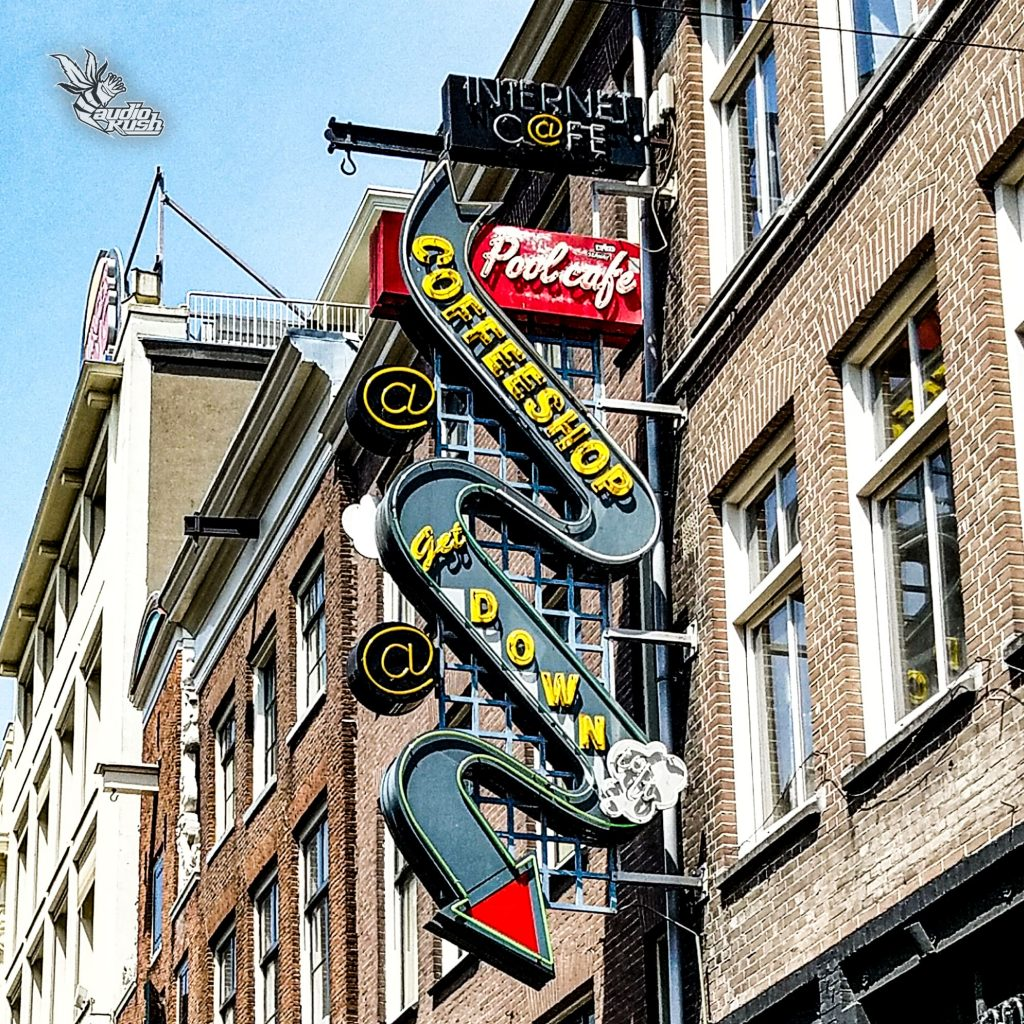 Amsterdam - Coffeeshop Get Down To It old neon sign