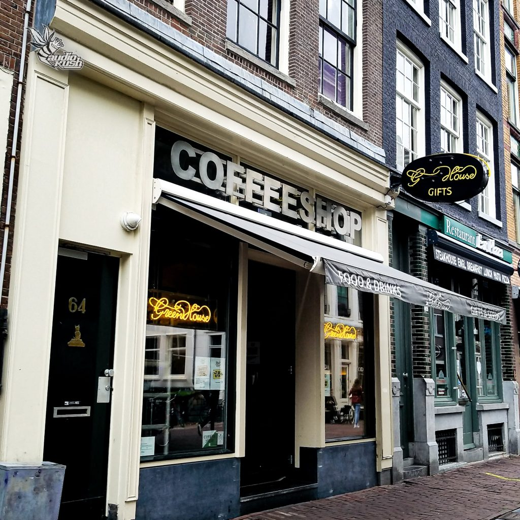 Amsterdam - Coffeeshop Green House United front angle